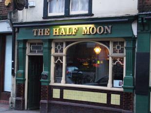 J♣ - The Half Moon