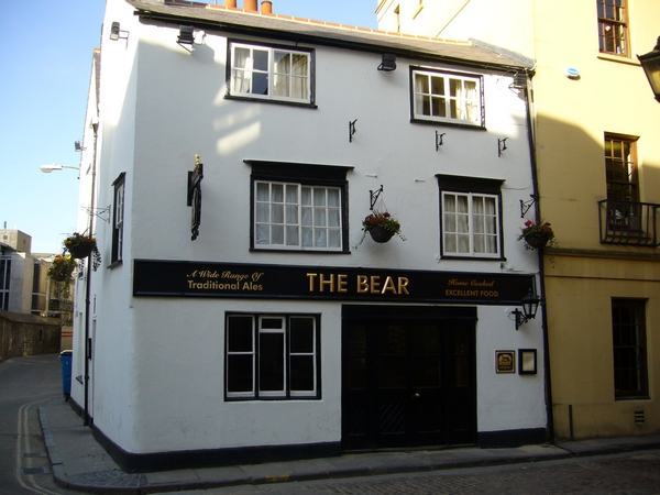 18. The Bear - St. Aldates (Blue Boar Street)
